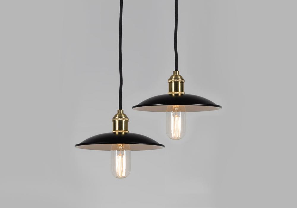 lampa czarna metalowa do kuchni
